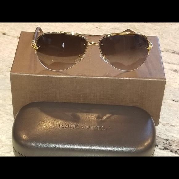 29aa09d8082 Louis Vuitton Other - LV Vintage Mens Sun Glasses